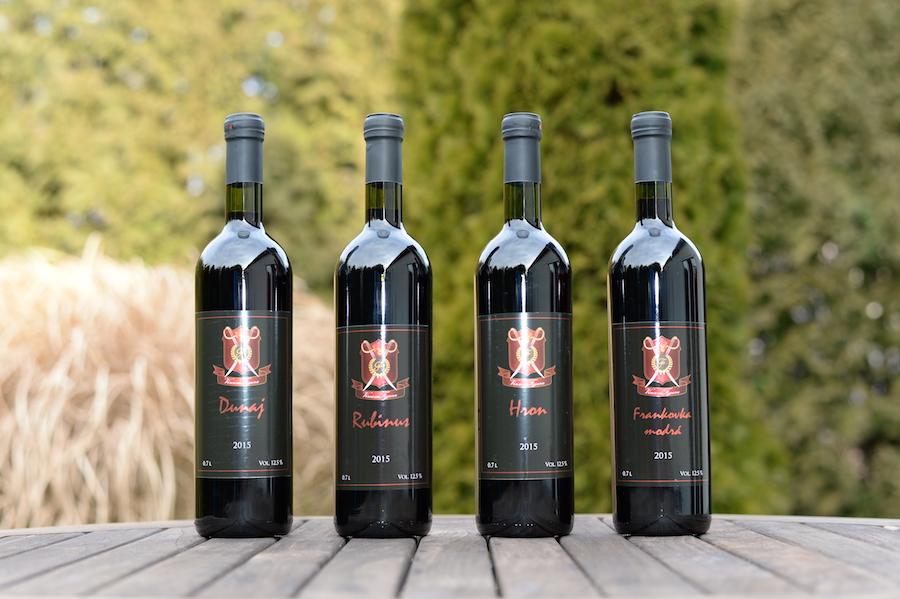 VinumFigura červené víno